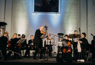 Adventní koncert Jaroslava Svěceného - Dream PRO
