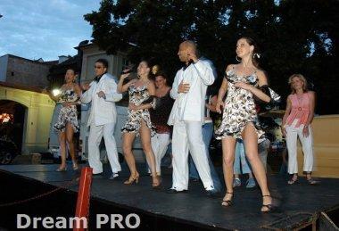 Otevření kubánského baru Mojito bazar
