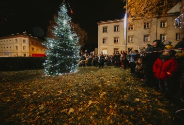 Rozsvícení vánočního stromečku Neštěmice 2019